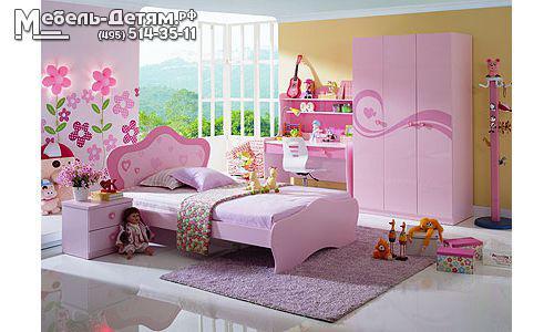 Оформить детскую комнату для девочки необходимо так, чтобы ей было