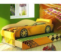 Детская кровать в виде машины на подиуме Фанки Тесла с дополнительным спальным местом